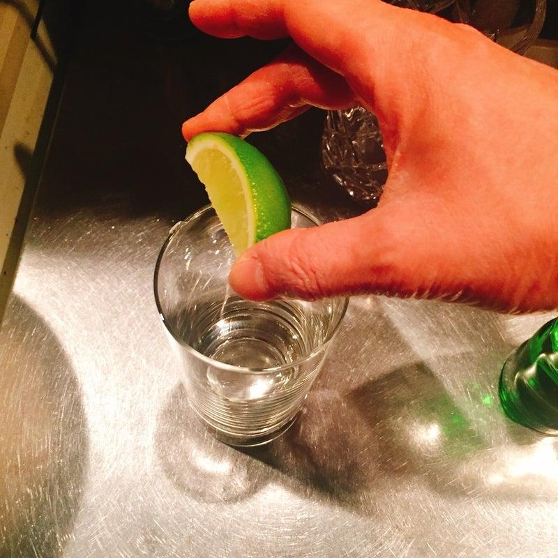 作り方 ジン トニック ジントニックの作り方・レシピをプロ級に再現!【ジンから割合までを検証】