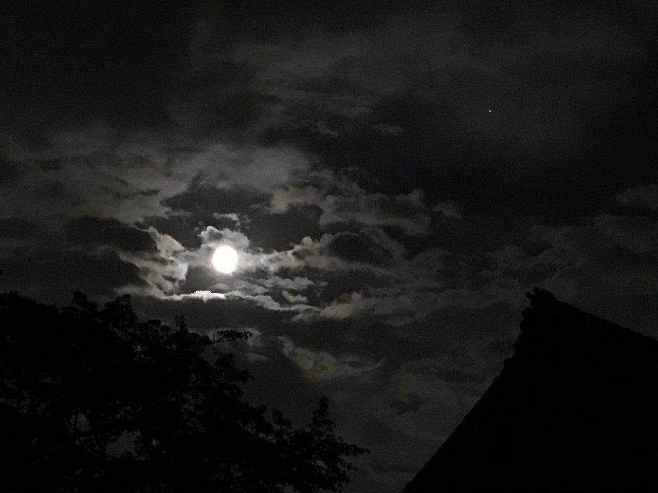 満月 今日 です か は