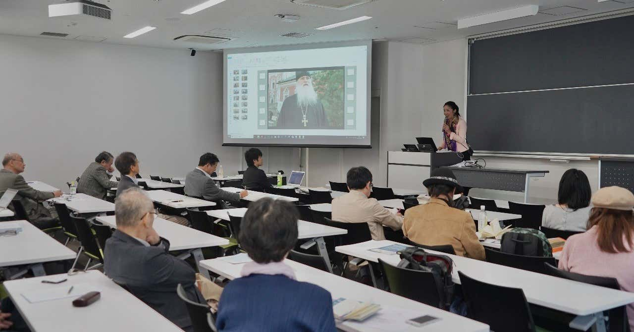 Film director Rena Masuyama spoke at the University of Tokyo with a lecture on promoting basic income in Russia
