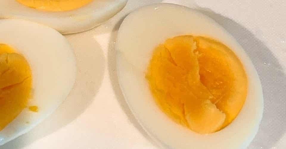 ゆで 卵 殻 剥け ない