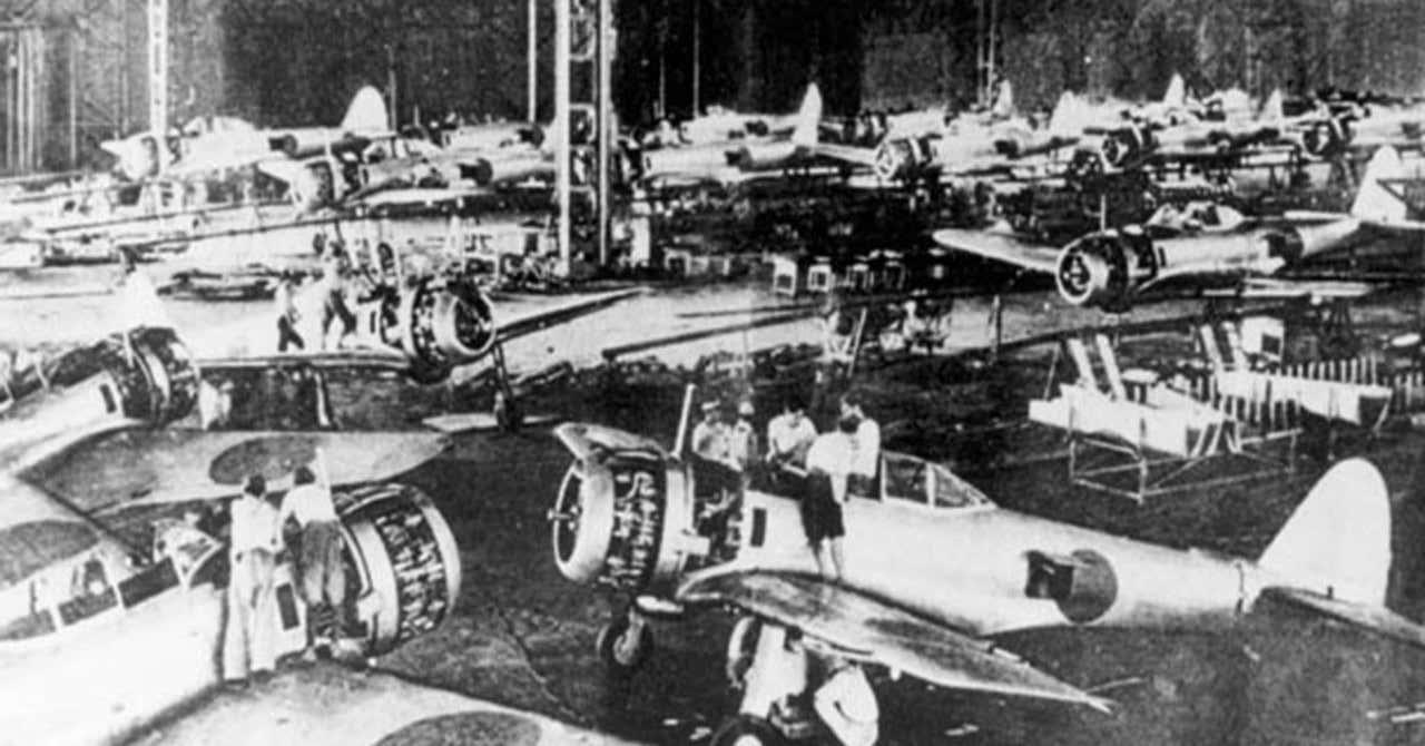 現代日本にも引き継がれた戦時下の労働問題《航空機増産を妨げた労働者 ...