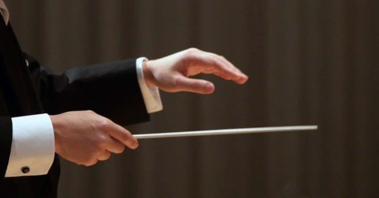 指揮者はなぜ指揮棒を持つのか?|岩田 俊之|note