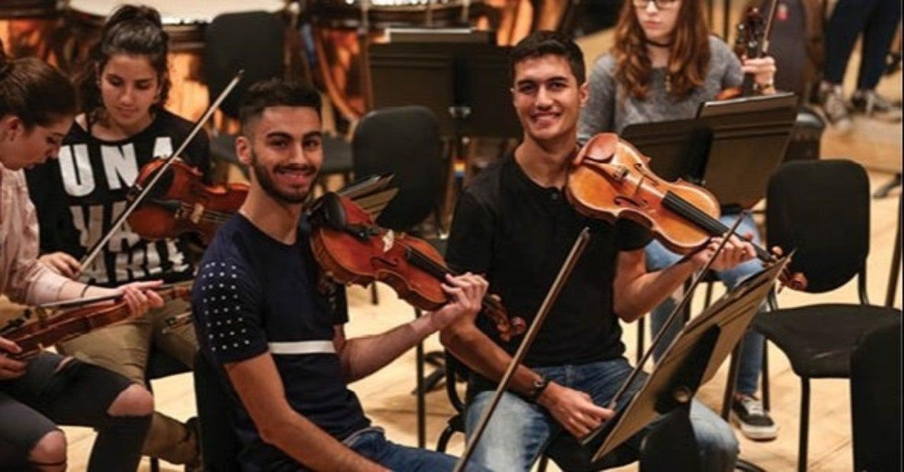 パレスチナ音楽、古今東西アラカルト