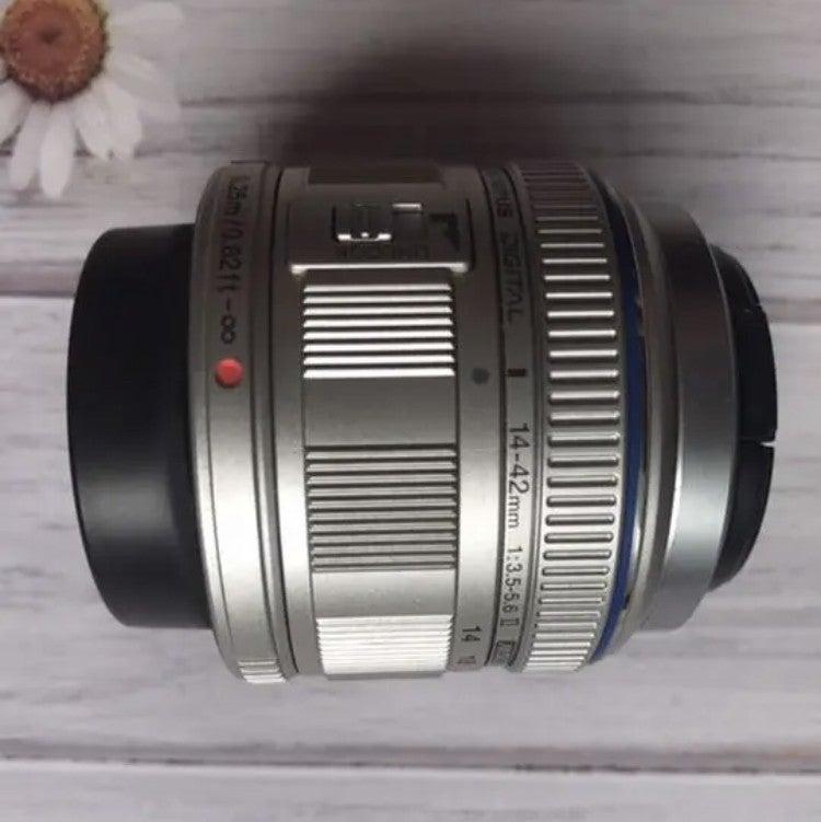 レンズが2本付属しているカメラセットを仕入れよう