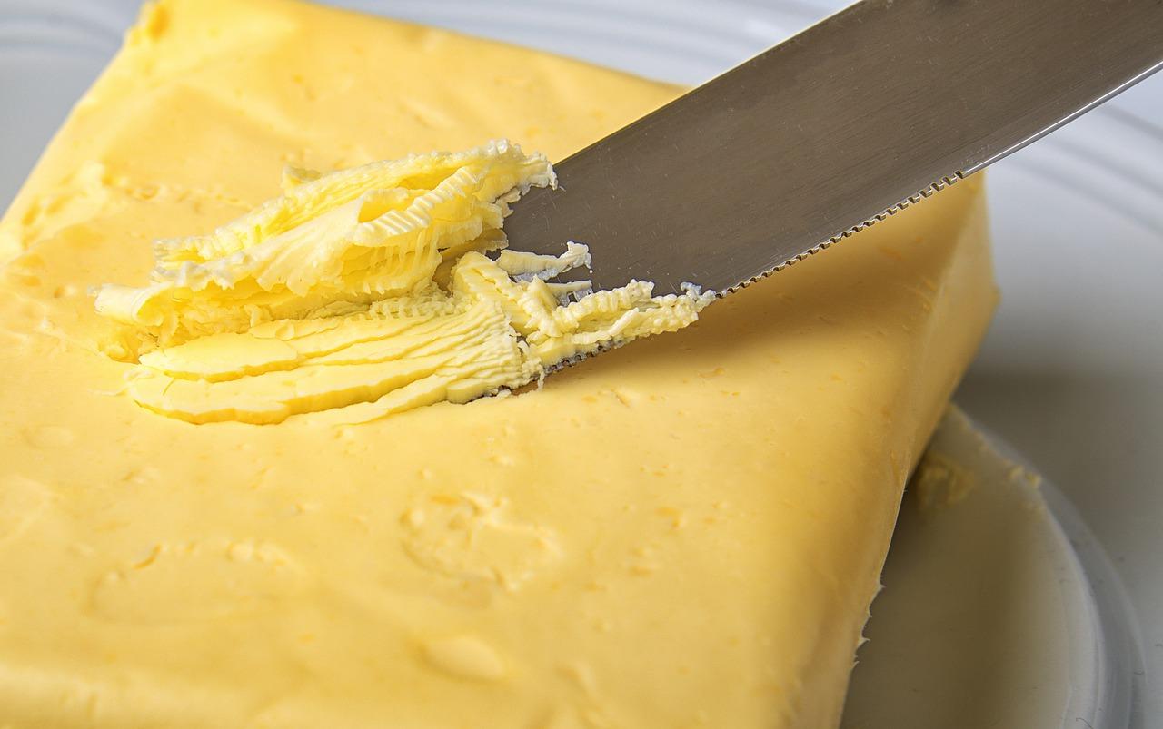 バター 油
