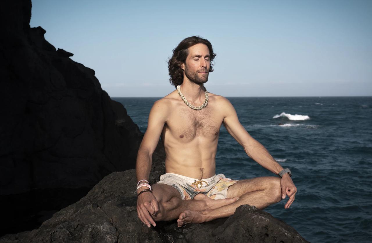 男性 瞑想