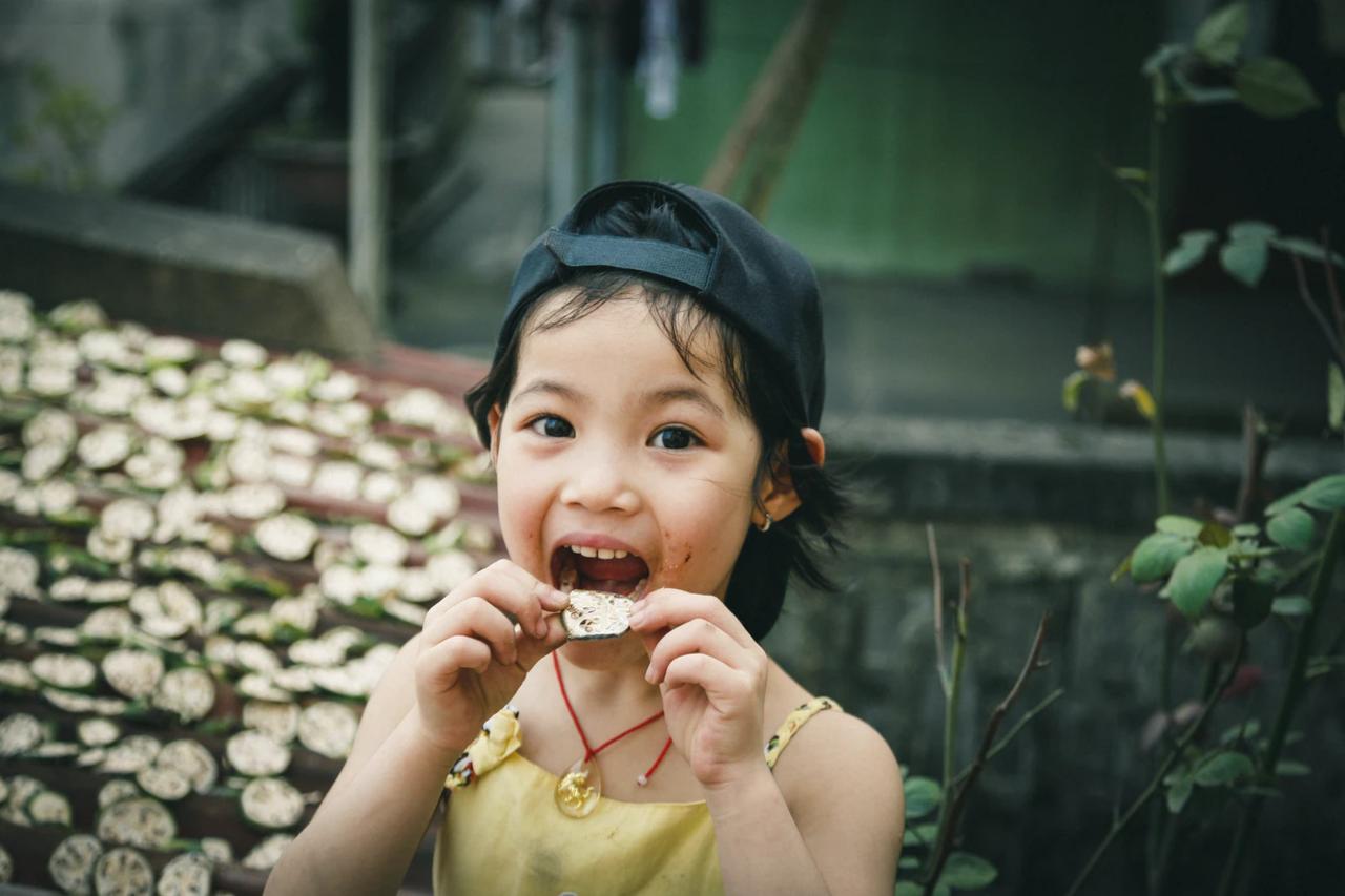 食べる 少年 子供