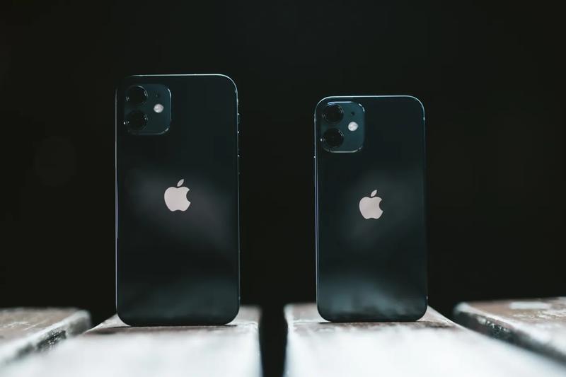 iPhone 比べる