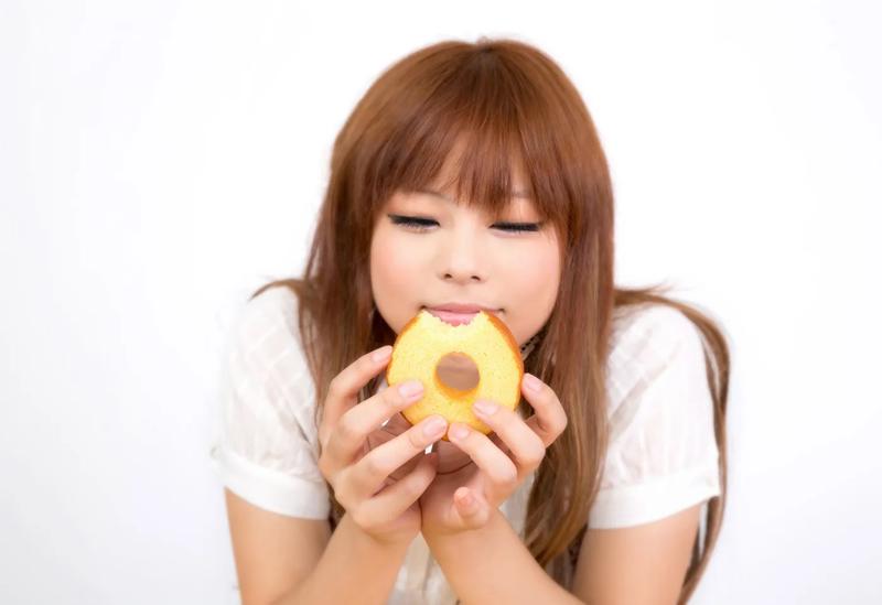 お菓子 至福 女性 間食