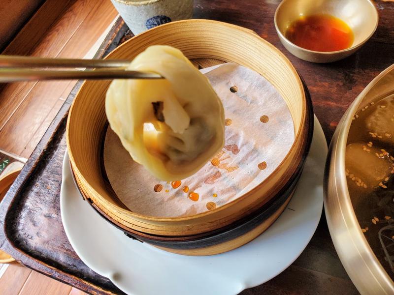 古宮道 内装 メニュー 冷麺