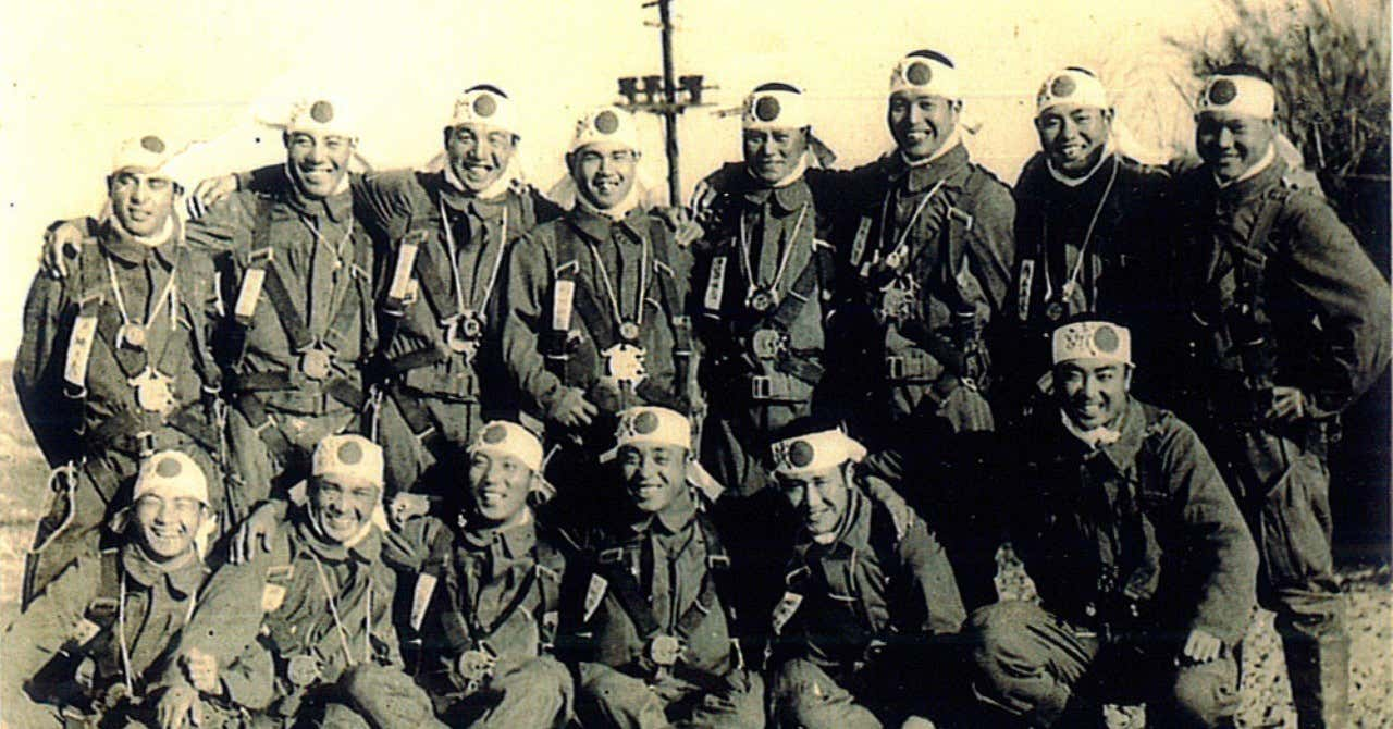 昭和20年4月22日午前8時半頃台湾桃園飛行場陸軍航空隊の特攻隊員